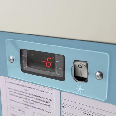 dettaglio-display-vetrina-gelateria-orizzontale