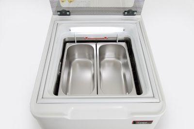 dettaglio-vetrina-gelato-da-banco-2-gusti-vasche-5litri-chefline-05