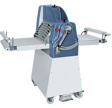 Manual Sheeter 500 On Mobile With carpets