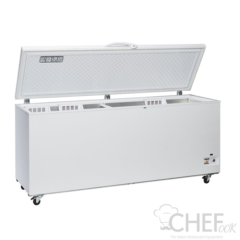Commercial Chest Freezer 700 Liters -15 / -25°C