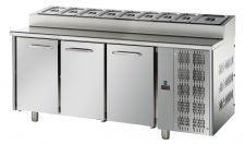 3-Door Prep Fridge 70-cm depth GN 1/1 pans